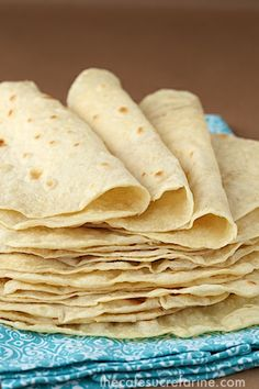 Homemade Flour Tortillas.... Very easy, very delicious and better than store bought ;-) Enjoy !!