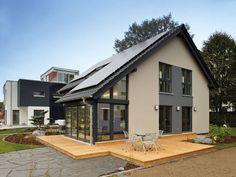 EffizienzhausPlus NEO 312 - FingerHaus • Kompaktes Einfamilienhaus mit moderner, hochwirksamer Wärmedämmung und Energietechnik • Jetzt bei Musterhaus.net informieren!