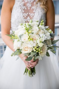 A gorgeous white and green bridal bouquet that is perfect for a Spring Summer Fall or Winter wedding! A gorgeous white and green bridal bouquet that is perfect for a Spring Summer Fall or Winter wedding! Bridal Bouquet Fall, Flower Bouquet Wedding, Rose Bouquet, Wedding Dress Trends, Wedding Gowns, Wedding Venues, Best Wedding Planner Book, Garden Wedding Inspiration, Bride Bouquets
