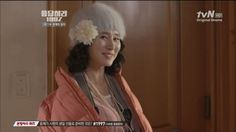 Anyone remember this scene from Reply 1997. Shi Won's awesome's mom is just slaying that outfit XDXD I swear the best kdrama mom out there!