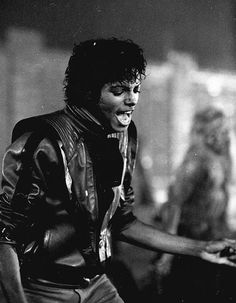 Earyle 80's MJ. The BEST look...ever! ♥ You were awesome MJJ