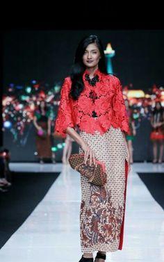 Batik Chic at Jakarta Fashion Week 2014                                                                                                                                                     More