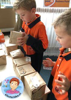 Postkantoor, rollenspel voor kleuters, kleuteridee Reggio Emilia Classroom, Post Office, Playroom, Kindergarten, Preschool, Teaching, Education, Projects, Kids