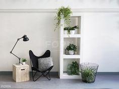 Büro einrichtungsideen modern  Bauholz TV-Schrank im industriellen Design mit Stahl Küche ...