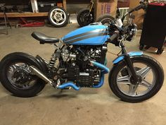 Old Classic Harley-Davidson Motorcycles Cafe Racer Moto, Cafe Racer Build, Cafe Racers, Harley Davidson Street Glide, Harley Davidson Sportster, Harley Davidson Motorcycles, Hd Motorcycles, Sportster 1200, Indian Motorcycles