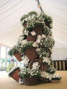 Florist Friday : Interview with Christopher Hammond-Davis of Woodbrown | Flowerona