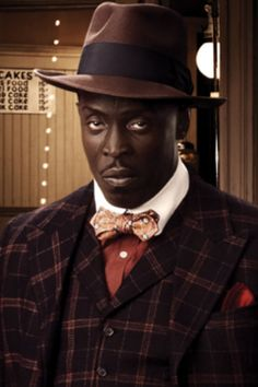 """""""Chalky White"""" (Michael Kenneth Williams) from Boardwalk Empire - so happy it's back on! Steve Buscemi, Nucky Thompson, Kenneth Williams, Empire Season, Gangster Movies, Black Actors, Boardwalk Empire, Hbo Series, Peaky Blinders"""