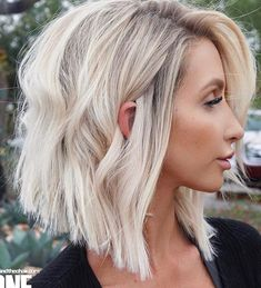 20 Popular Short Blonde Hair 2018 , Who does not like blonde hair if it is even short? Here are 20 Popular Short Blonde Hair Blonde hair is still one of top hairstyles that ladies . Medium Hair Styles, Long Hair Styles, Short Styles, Top Hairstyles, Everyday Hairstyles, Wedding Hairstyles, Bob Hairstyles How To Style, Going Out Hairstyles, Bouffant Hairstyles