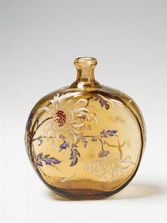 """Nancy, Cristallerie de Gallé, um 1900. A large Gallé glass bottle.Enamelled signature """"Gallé"""" to the side. The stopper lost. H 19 cm"""