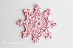 Prinsessajuttu: Lomalla virkattua Crochet Flower Tutorial, Crochet Flowers, Christmas Deco, Winter Christmas, Crochet Home, Knit Crochet, Princess Stories, Crochet Snowflakes, Crochet Earrings