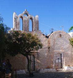 Folegandros island, Greece > Chora Greece Travel, Greek Islands, Abandoned Places, More Photos, Santorini, Barcelona Cathedral, Mount Rushmore, Castle, Mountains