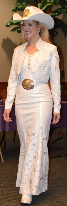 Katherine wearing White Pearl lambskin outfit by Jan Faulkner Leather. Photo by Robin Deines
