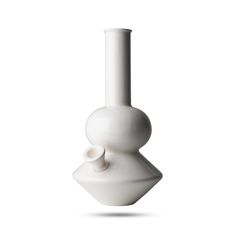 WEEDGADGETS - A hand-picked selection of the coolest weed gadgets and smoking accessories.