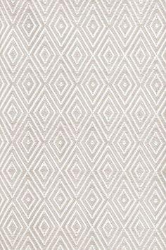 kitchen rug | Diamond Platinum/White Indoor/Outdoor | Dash & Albert Rug Company