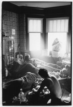 Hippies at Home, San Francisco 1966-67 ...gee, I think they're in a cloud of 'smoke' .. 'right-on' ✌