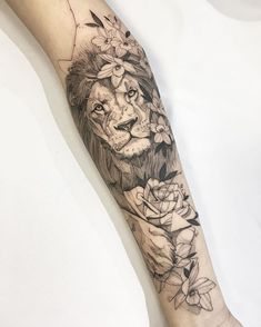 Tattoo of Matheus Costa from Goiânia. Lion in black and gray with . - Forearm Flower Tattoos by Karla Tattoo Girls, Girls With Sleeve Tattoos, Girl Tattoos, Tattoos For Guys, Tattoos For Women, Tattoo Women, Forearm Flower Tattoo, Forearm Sleeve Tattoos, Best Sleeve Tattoos