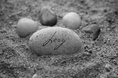 Pet memorial - Pet Stone with custom text by www.artanddesignstudio.ca