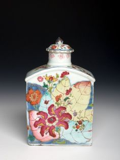 RP: Chinese export porcelain tea caddy and cover, c. 1770, Qianlong reign, Qing dynasty