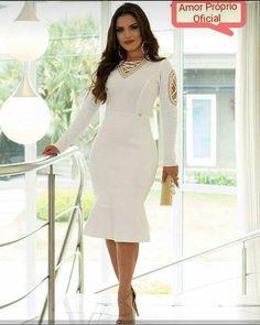 """""""Para Tudo"""" ✋✋ ☺  Encantada no nosso vestido Hebe ... com detalhes bordados!!  Por R$ 229,90  Tam. P M G e GG"""