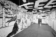 http://thehundreds.com/wp-content/uploads/2014/11/the-hundreds-stefan-Marx_Kunstverein_Foyer.jpg
