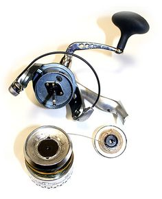 How to take apart clean and maintain a spinning reel to keep the drag running smooth. How to take apart clean and maintain a spinning reel to keep the drag running smooth. Deep Sea Fishing, Gone Fishing, Best Fishing, Fishing Reels, Fishing Tips, Fishing Lures, Fishing Knots, Fishing Stuff, Fishing Tackle