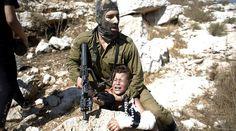 """Dimite el relator de la #ONU en #Palestina porque #Israel le niega la entrada en este territorio. """"Desgraciadamente todos mis intentos por ayudar a mejorar la vida de las víctimas palestinas bajo la ocupación israelí han sido frustrados a cada paso que daba"""" se lamentó #Wibisono en un comunicado difundido por la ONU. En cambio sí destacó que durante su tiempo en el cargo el Gobierno palestino """"ha cooperado totalmente"""". #IslamOriente"""