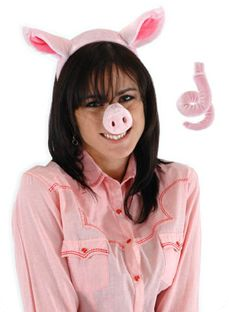 pig kit    This set features everything you need for a complete pig costume. Nose features an adjustable strap and the tail is easily attached with Velcro.   Costume Suggestions: Pig, Swine flu, Farm animal  Fits kids 3 and up  Velvet