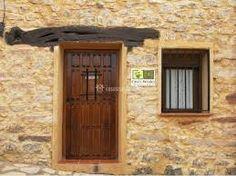 Resultado de imagen para puerta de entrada principal