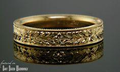 A nice gold art deco wedding band, without diamonds.