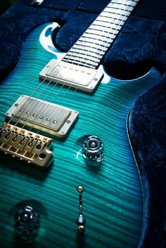*Turquoise Electric Guitar ~ Sharp!