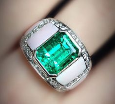 Do it Jewelry Men's Jewelry Rings, Jade Jewelry, Emerald Jewelry, Diamond Jewelry, Silver Jewelry, Jewellery, Mens Emerald Rings, Jade Ring, Luxury Jewelry
