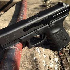 Clipdraw on Glock 19 Slimmest profile for concealed carry!  #concealedcarry #2a