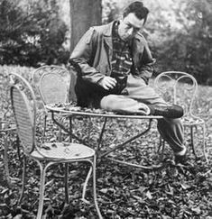 Albert Camus and his cat Stranger