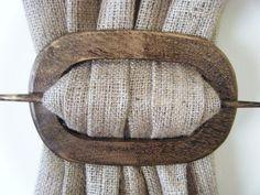 wood-curtain-holdback