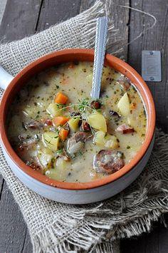 #zupa #soup Zalewajka z grzybami Soup Recipes, Dinner Recipes, Cooking Recipes, Czech Recipes, Ethnic Recipes, Polish Soup, Food Decoration, Polish Recipes, Fabulous Foods