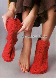 Красные носки-сапожки. Спицы и Крючок