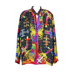For Sale on - Gianni Versace Couture Barocco silk twill mans shirt printed with vari jeweled crucifixes ,signed in script Gianni Versace on the front left placket, and Urban Fashion, Boho Fashion, Fashion Outfits, Fashion Trends, Atelier Versace, Gianni Versace, Versace Brand, Versace Shirts, Vintage Versace