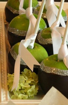 Black and green silver apples #wedding