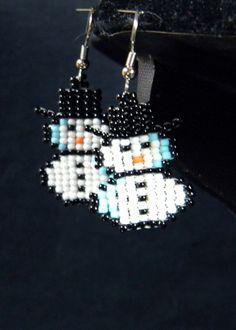 Super cute beaded snow men earrings!!!!