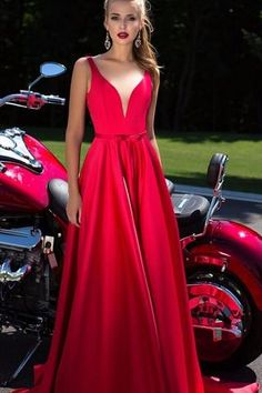 New A-Line Appliques Beads Floor Length Deep V-Neck Red Sexy Elegant Prom Dresses M2685