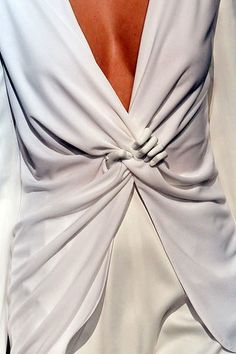 Clever - I had to pin this! Hussein Chalayan SS/10 collection  Repinned by www.fashion.net