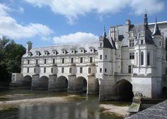 Travel guide to The Château de Chenonceau via Classic Bride blog. photo: Sarah Darcy