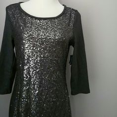 Old navy sequin dress Lovely dress for the holidays! Great for Christmas parties! New with tags! Old Navy Dresses