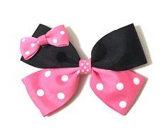 4 Minnie Mouse Bow disney hair clip Big Bow by AmeerasBowtique Ribbon Hair Bows, Diy Hair Bows, Diy Bow, Minnie Mouse Bow, Disney Mickey Mouse, Disney Bows, Baby Girl Headbands, Baby Bows, Crochet Headbands