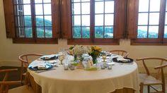 Table wedding yellow
