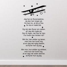 Jeg har en flyvemaskine- - wallstickers Baby Hacks, Baby Tips, Brain Breaks, Kids And Parenting, Kindergarten, Singing, Novels, Sange, Rum