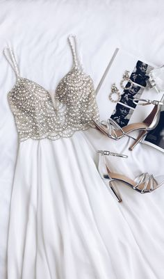 White prom dress, beaded rhinestone maxi dress,charming evening dress,v-neck party dress - Olivia Maxi Dresses Vestidos Color Blanco, Pretty Dresses, Beautiful Dresses, Evening Dresses, Prom Dresses, Long Dresses, Mode Inspiration, Ladies Dress Design, Look Fashion