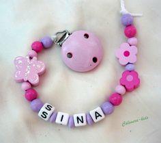 Schnullerkette mit Namen -Schmetterling rosa von Calimera-Kids - Schnullerketten auf DaWanda.com