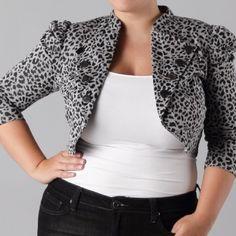 Cropped animal print jacket Good condition Jackets & Coats Blazers