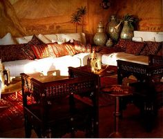 Comfy Moroccan Dining Room Design You Should Try 34 - H. - Decor Photos and ideas - Comfy Moroccan Dining Room Design You Should Try 34 - H. Comfy Moroccan Dining Room Design You Should Try 34 Moroccan Lounge, Moroccan Decor Living Room, Moroccan Room, Moroccan Furniture, Moroccan Theme, Indian Living Rooms, Moroccan Interiors, Moroccan Design, My Living Room